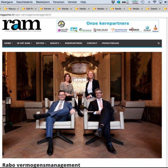 Zakelijk groepsportret van het team Vermogensbeheer dat is gepubliceerd in het Regio Alkmaar Magazine.